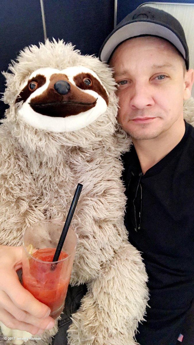Makin' friends wherever I go.... ! #sloth #stuffy #bloodymary #avagift # https://t.co/SAQfaTmKQI
