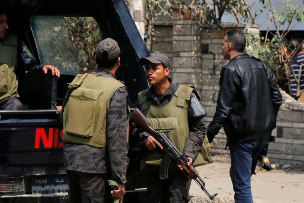 Mısır'da üçüncü saldırı: İskenderiye'de bir kilisede patlama oldu https://t.co/TgZiTD6mK5 https://t.co/fHeVKrYXnP