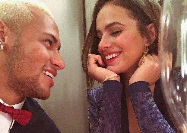 Bruna Marquezine e Neymar estão na lista de convidados da festa de Justin Bieber. https://t.co/306DxFgpnG