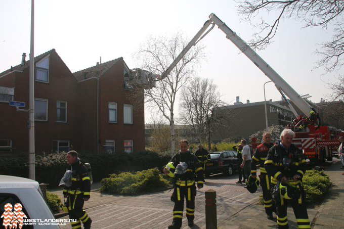 Brand na explosie in woning Gladiool https://t.co/syoD2Dper4 https://t.co/5NyD7Or90q