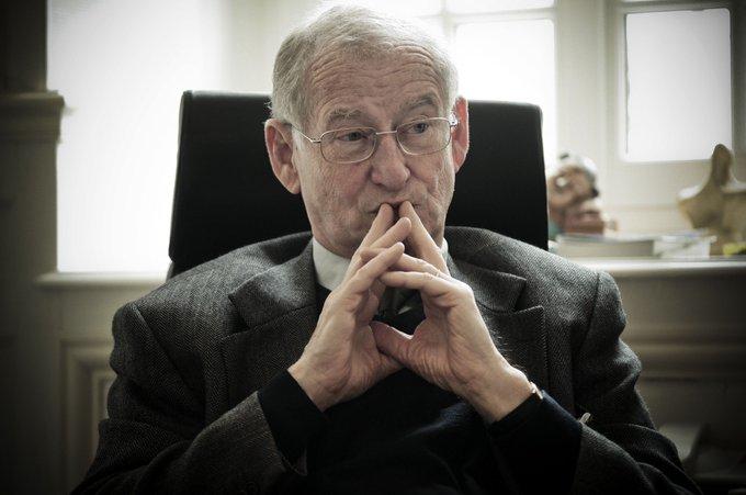 La mystérieuse troisième juge de Fillon >> https://t.co/f5ZeCtIaQp