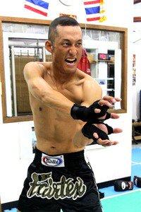 「レキオバトル名護」公式ブログを更新いたしました! レキオバトル名護 ~沖縄北部から格闘技で世界へ!~ : 4月23日、