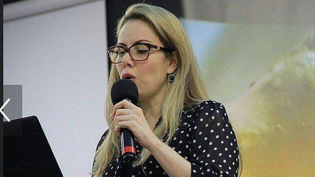 Filha de Baby do Brasil anuncia curso para mulheres 'deixarem de ser cachorras'. https://t.co/68q3oFRcZ6