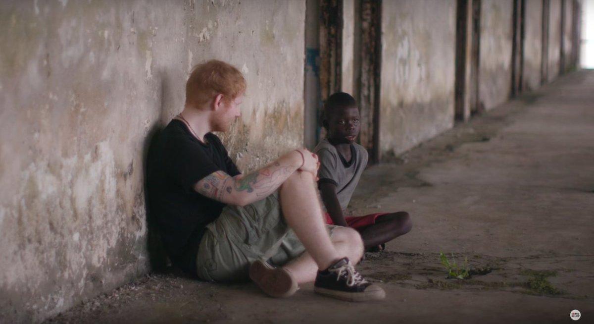 Ed Sheeran ajuda menino africano que vivia nas ruas da Libéria https://t.co/wUIa1vcowp