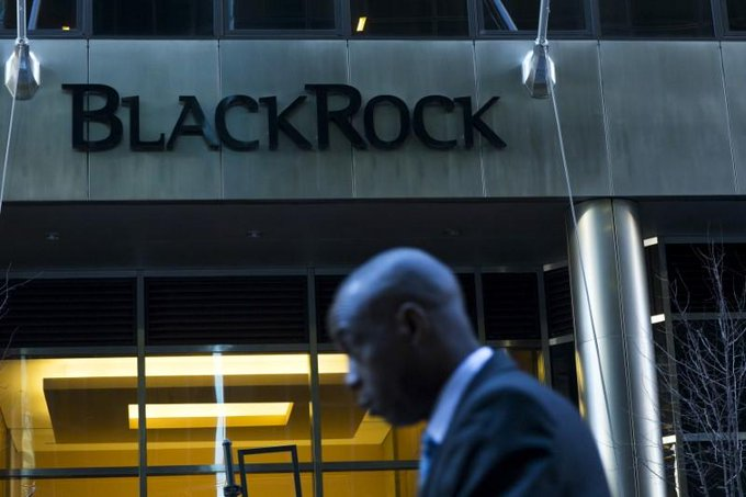 BlackRock cuts fees and jobs; stockpicking goes high-tech https://t.co/tJG2CeSGNF