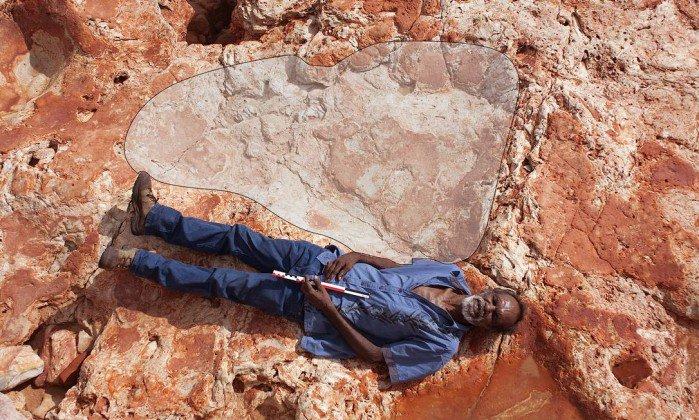 Cientistas encontram pegada de dinossauro que pode ser a maior do mundo. https://t.co/tFoDdEIg0p