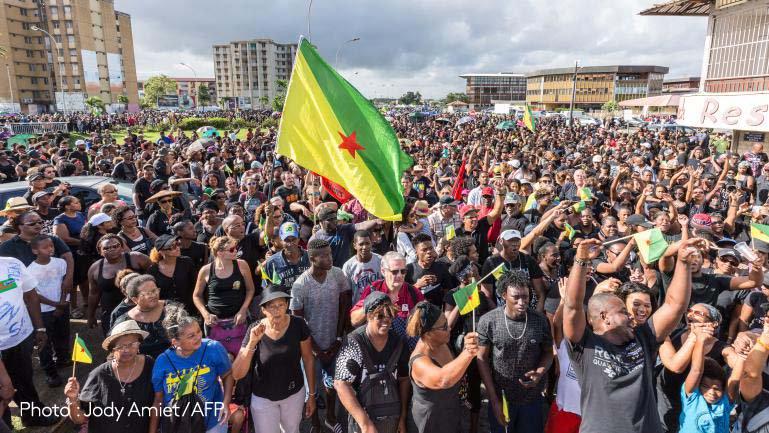 #Guyane au lendemain de manifestations historiques, le ministre de l'Intérieur et la ministre des Outre-mer attendus https://t.co/JCemzssP2w
