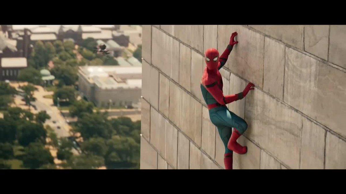 'Spider-Man : Homecoming' : l'Homme Araignée tisse sa toile dans la nouvelle bande-annonce https://t.co/afuTOD79hO
