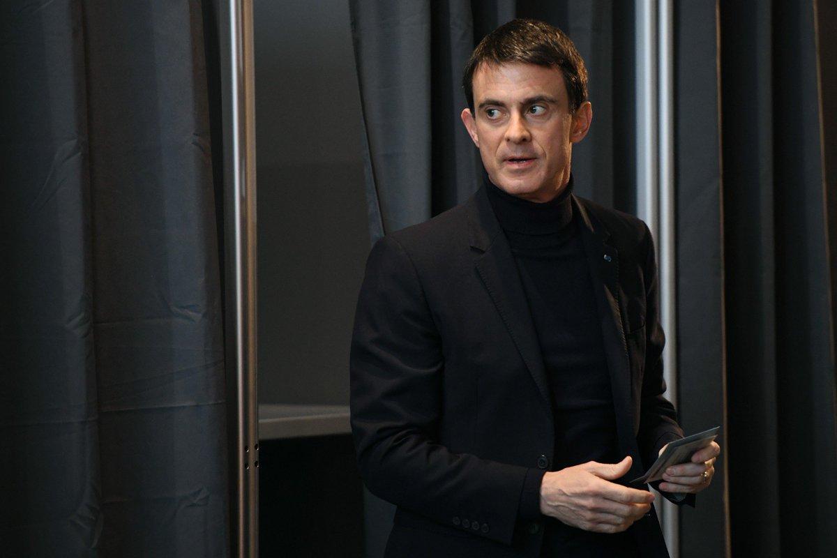 Manuel Valls annonce qu'il votera pour Emmanuel Macron dès le premier tour > https://t.co/V63nhc0d7M