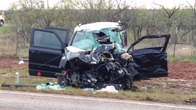 Three storm chasers killed in West Texas car crash https://t.co/RQPxc506oU