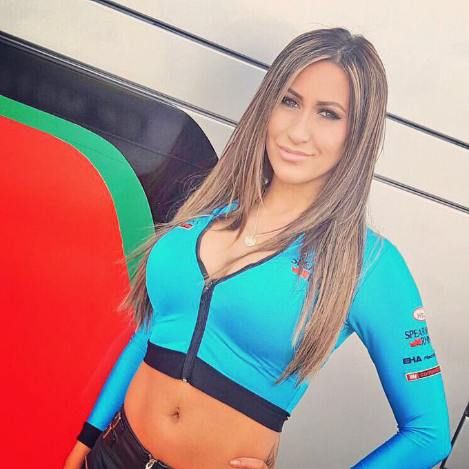 This Sunday I'll be at @DoningtonParkUK @RhinoGridGirls @OfficialBSB @eharacing #gridgirl #BSB #racing