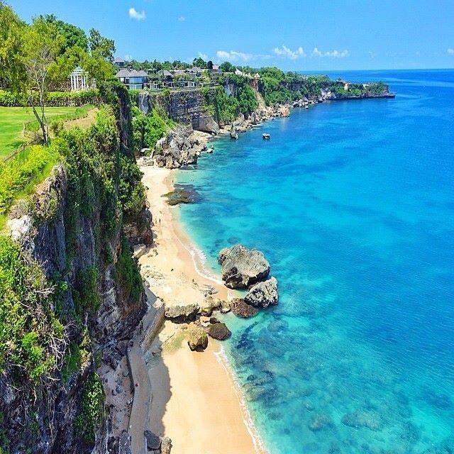 RT @wongbanglean: #Bali #Travel I think I'm in Heaven, Bali Love  https://t.co/ZGhE0sb ...