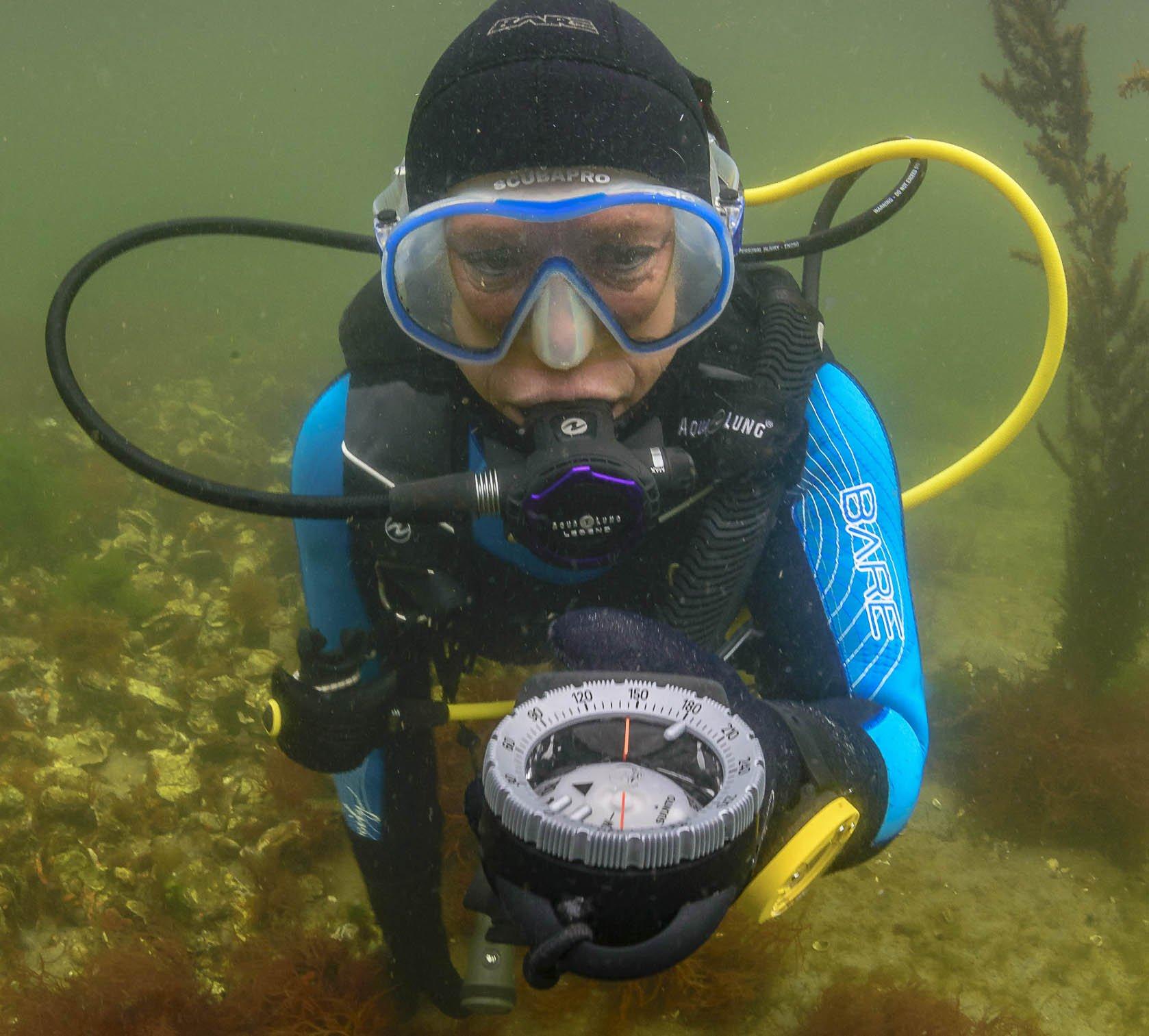 Morgenochtend bij @rtvutrecht het NK Onderwateroriëntatie uit 1970! #duikteamnautilus #goudentijden (foto: Rob Aarsen) https://t.co/znxTNRQ0Sa