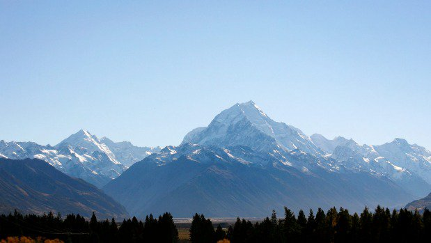 Tourist found alive and well at Aoraki/Mt Cook after concerned wife calls police
