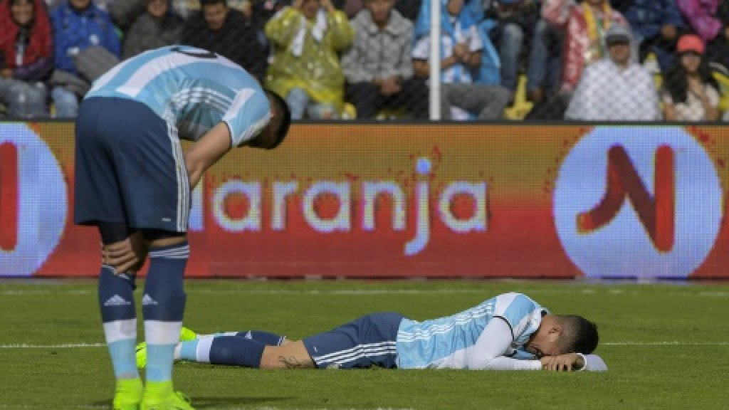 Crisis-hit Argentina risk missing World Cup