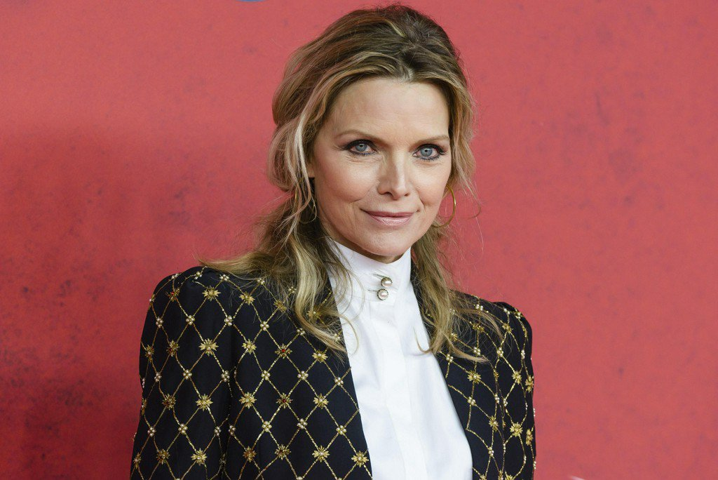 Actress Michelle Pfeiffer explains her break from Hollywood