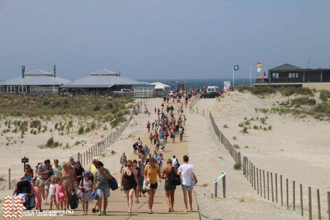 Collegevragen GL inzake verkeer op strandslag Vlugtenburg https://t.co/E79usbi0Ys https://t.co/Qf1pjUdwES