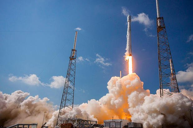 """SpaceX poised for historic launch of """"used"""" booster"""