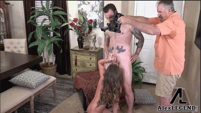 So you want to be the #videographer for a porn huh?  It ain't easy... rt  @AlexLegendxxx https://t.c