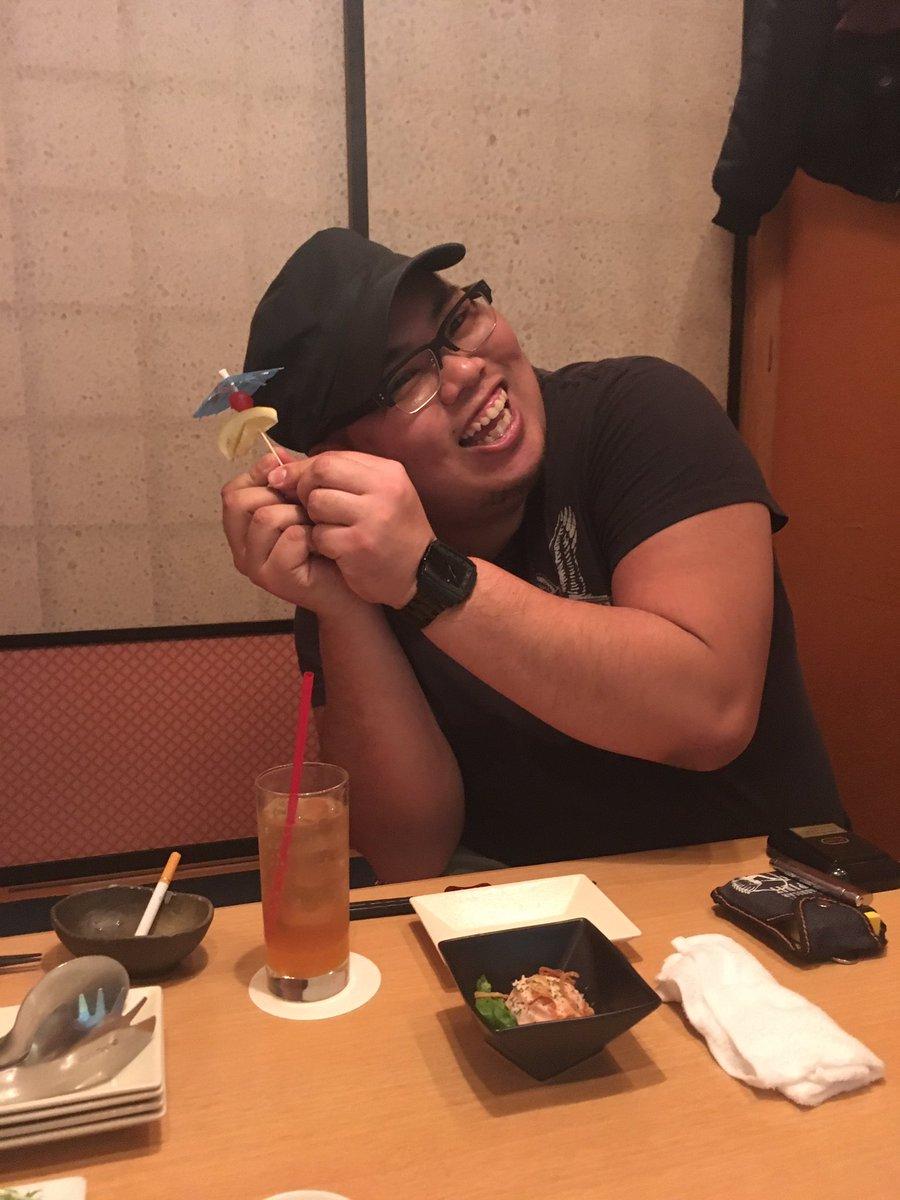 Zキングダムありがとうございました!終わりで後輩達とオシャンティな飯〜(╹◡╹)でも私山ピーしか撮ってない(笑)