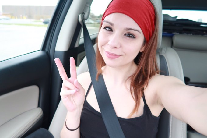 4 pic. Random sexiness and a car selfie because I love you guys and I'm testing my equipment! ❤☺😘 https://t