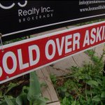 Is Toronto's housing market in a bubble? Not quite, analyst says