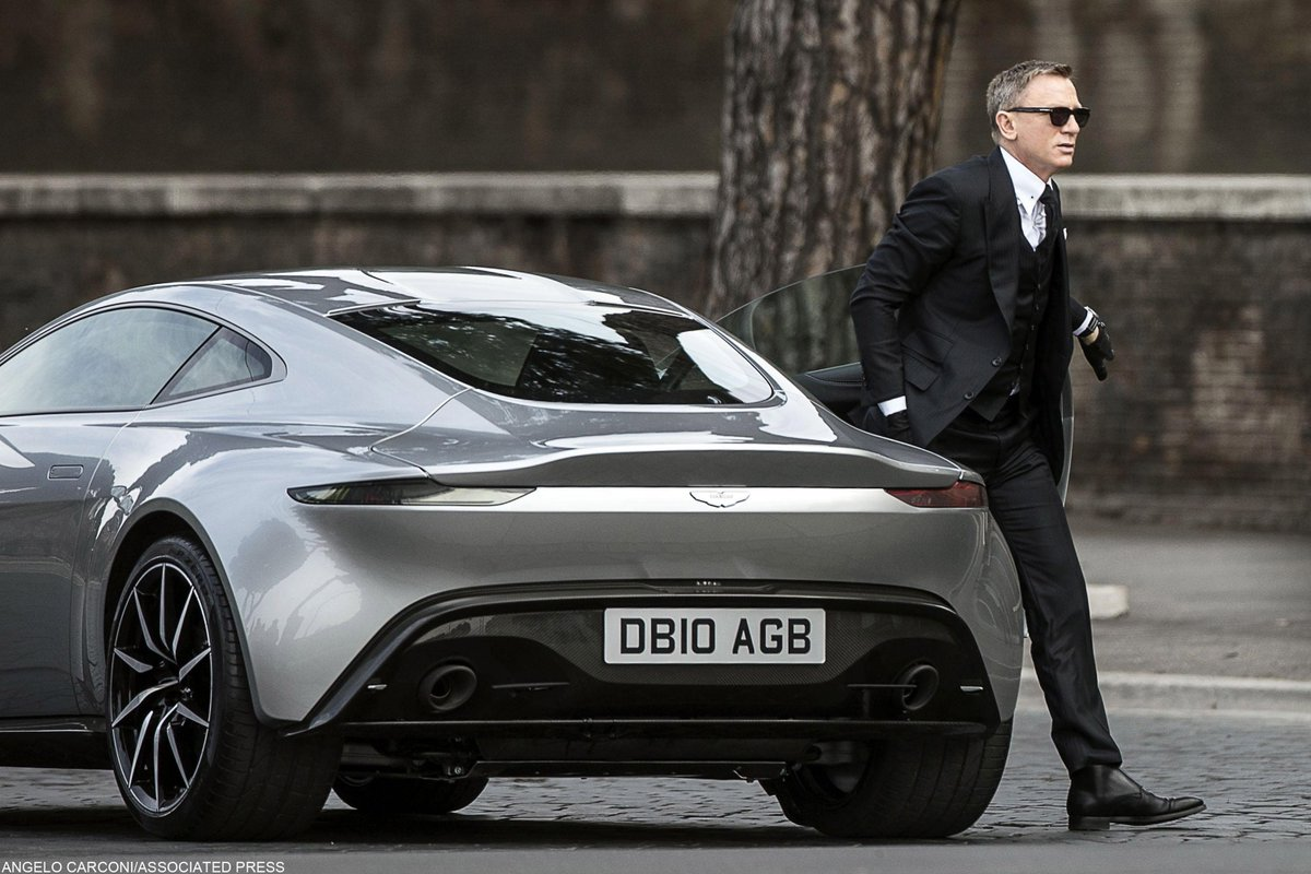 アストンマーティン社債、「投機的」でもいい理由映画「007」の主人公ジェームズ・ボンドの愛車として知られるアストンマーティンが、本物の「ボンド(#社債)」を発行