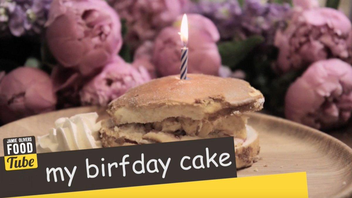 The perfect celebration cake ???? https://t.co/ETv03gVzTL