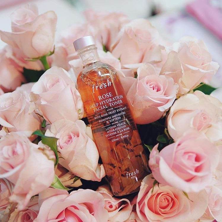 ผลการค้นหารูปภาพสำหรับ fresh rose deep hydration facial toner
