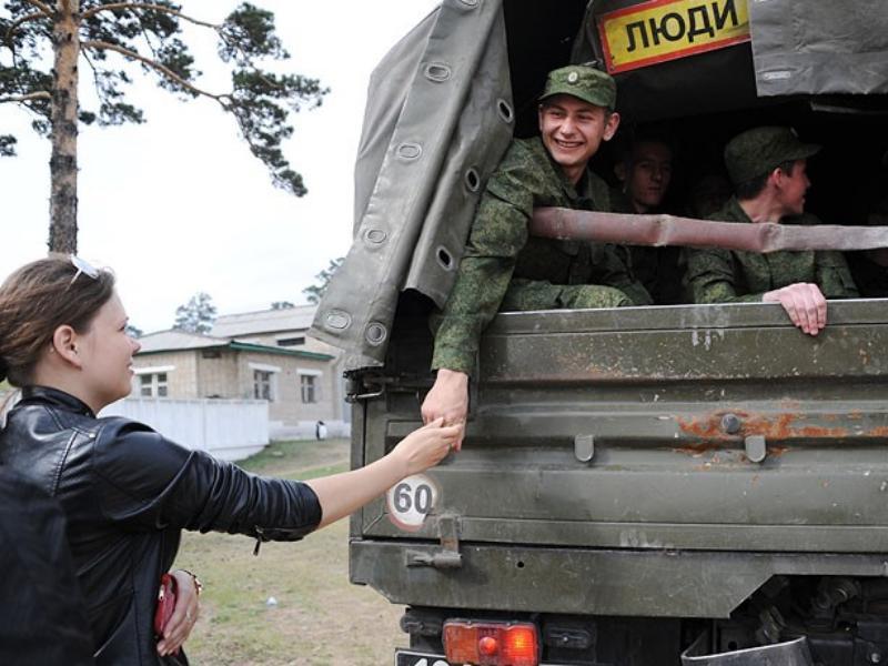 Вологодские выпускники смогут завершить обучение перед поступлением на военную службу