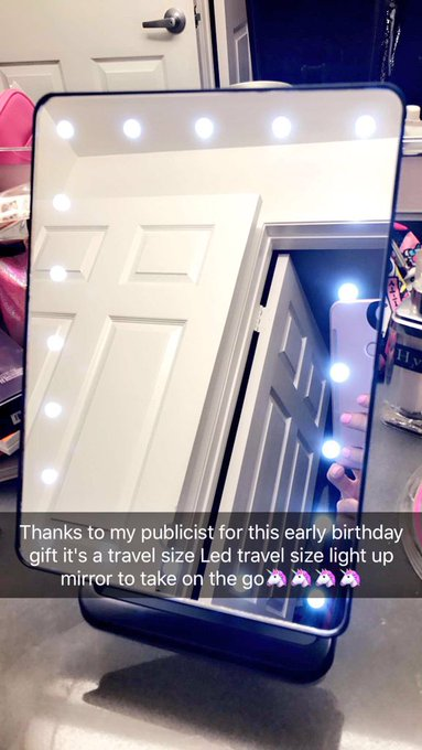 Thank you @TheRubPR for my early bday gift (LED traveling lighted mirror) it's so pretty 😻😻😻 https://t