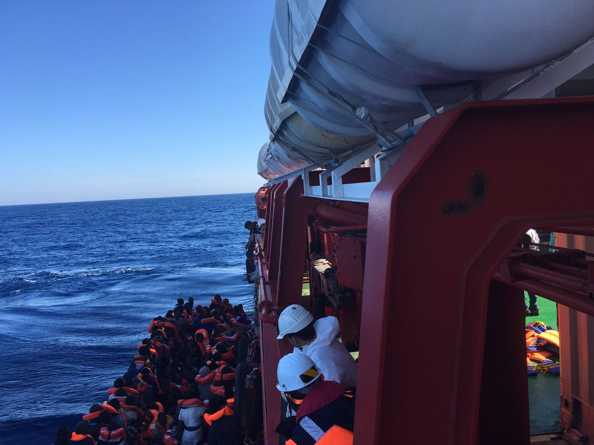 RT @MSF_Sea: BREAKING: The #Prudence has just rescued 128 #people from this crappy rubber boat. https://t.co/PZYZprBqYb