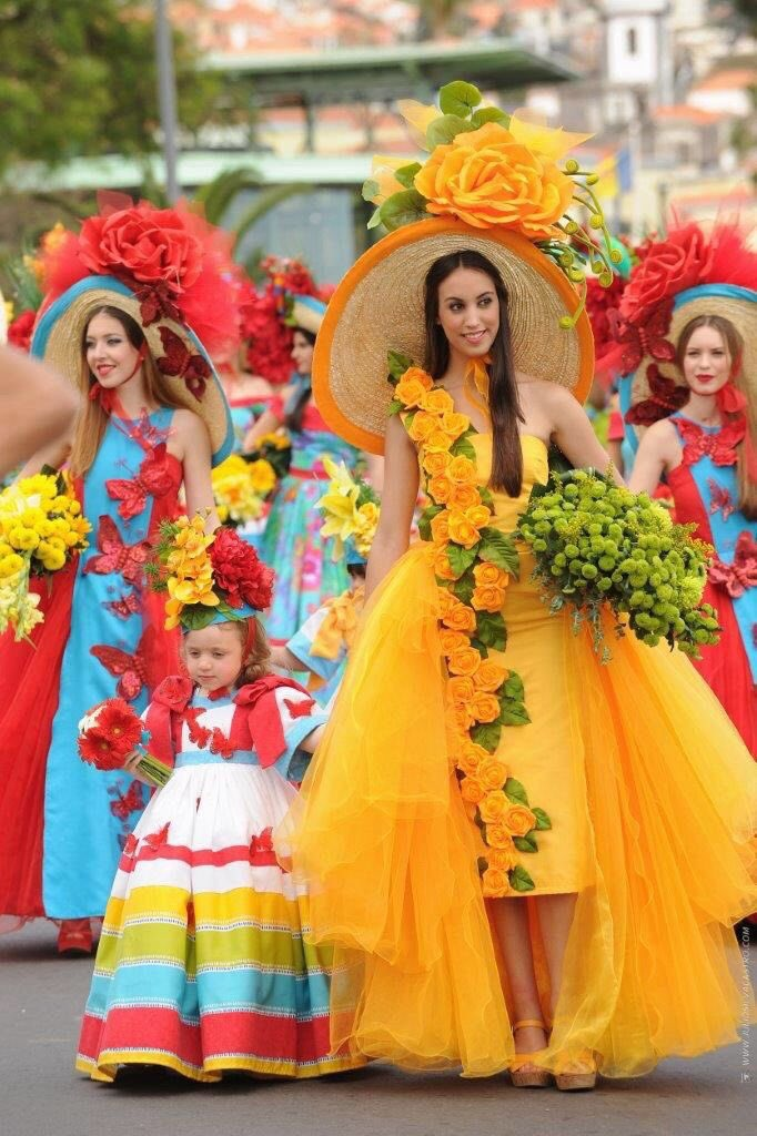 In Madeira, #Portugal, springtime is honoured like a queen, being crowned with the Flower Festival (Fera da Flor) held every year in spring. https://t.co/HG2FVU5AKQ