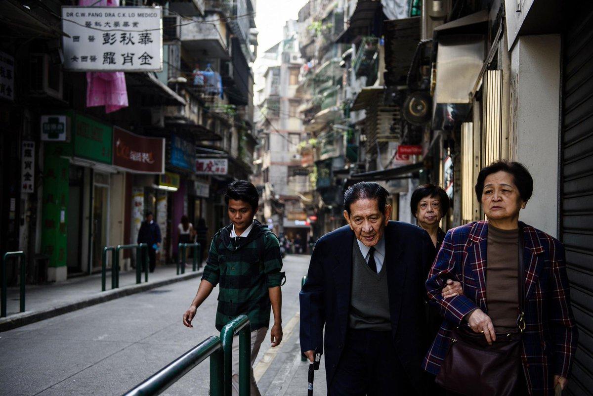 Macau casino revenue maintains growth momentum as bettors return