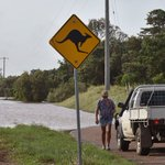 Cyclone Debbie: rains to bring record-breaking floods