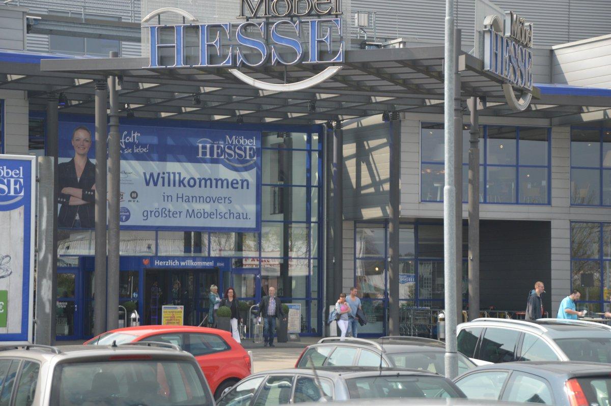 Polizei Vor Mobel Hesse Nach Der Unerlaubten Offnung Wollte Verdi