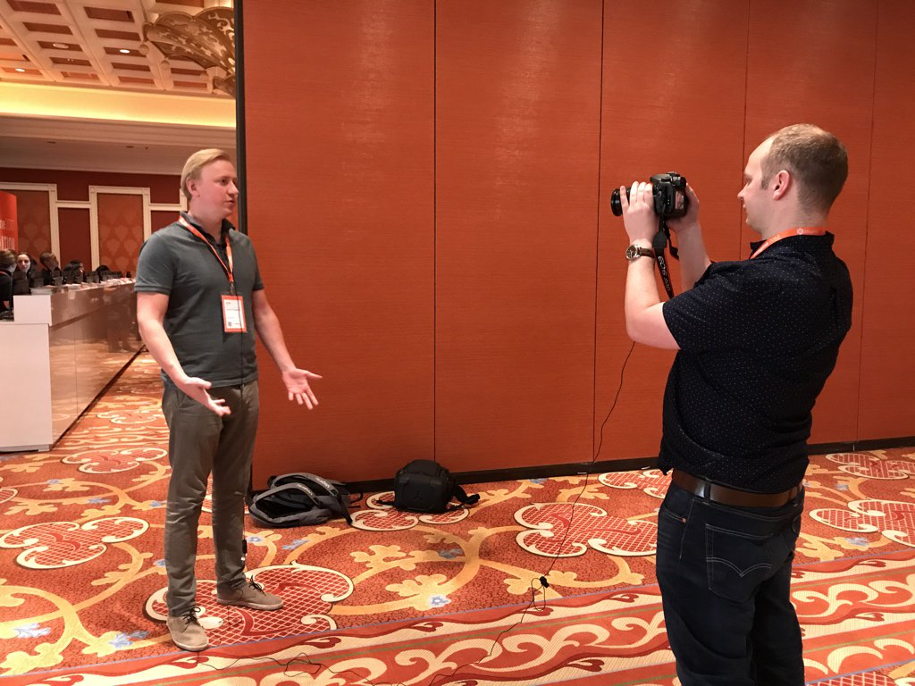 maksek_ua: #Magentoimagine @AntonKril already spotted by @max_pronko. #superstar https://t.co/WlyhuAqhEU