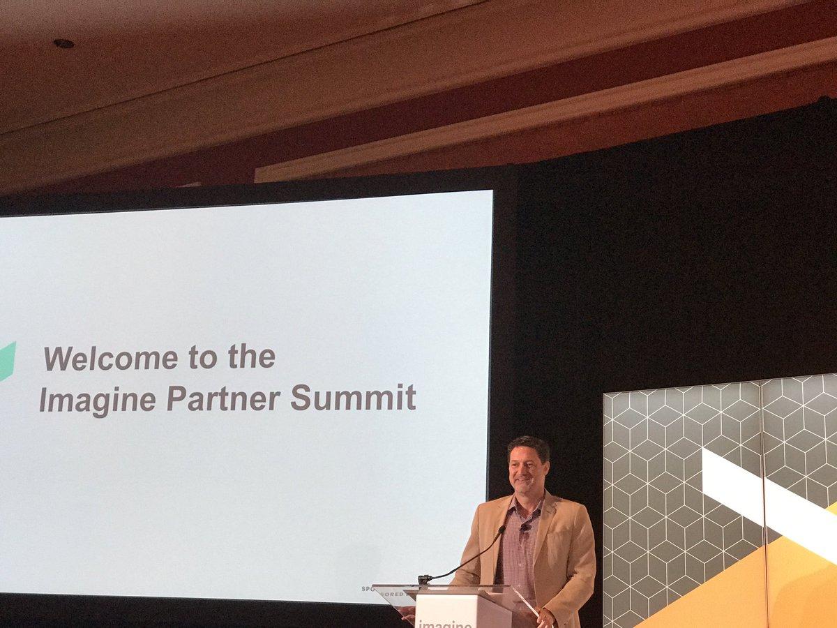 DCKAP: @mklave1 #Magentoimagine Partner Summit. https://t.co/Ad7Mh8ztzN