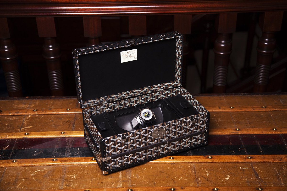 "Maison @Goyard is pleased to present the ""Tourne-montre"" (""Watch Winder"") Case https://t.co/85nf6v1wFZ"