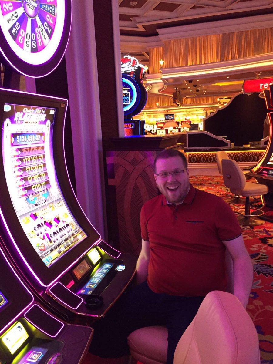 wearejh: JH founder @jhuskisson has just won $100 y'all. Las Vegas life #MagentoImagine #Magento https://t.co/0csWpsrbJm
