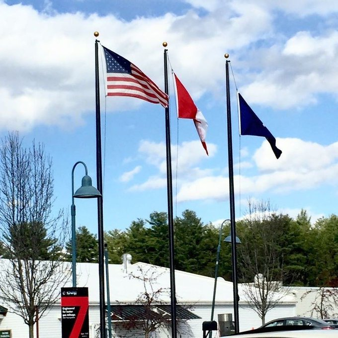 #Queensbury 3 - 30' Black External #Flagpoles #Canada #NewYork #State #Flag Let them all know, your a serious flag… https://t.co/857YcCDKjE https://t.co/yEyZaenRe2
