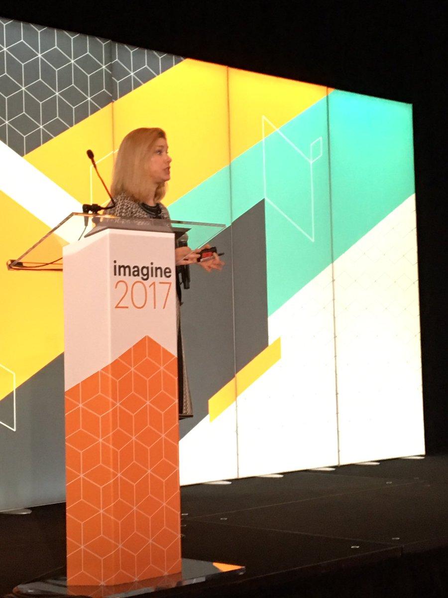 JoyDaniels: #Magentoimagine @CMO rocking the Partner Summit @magento https://t.co/X0XwZnAAWJ