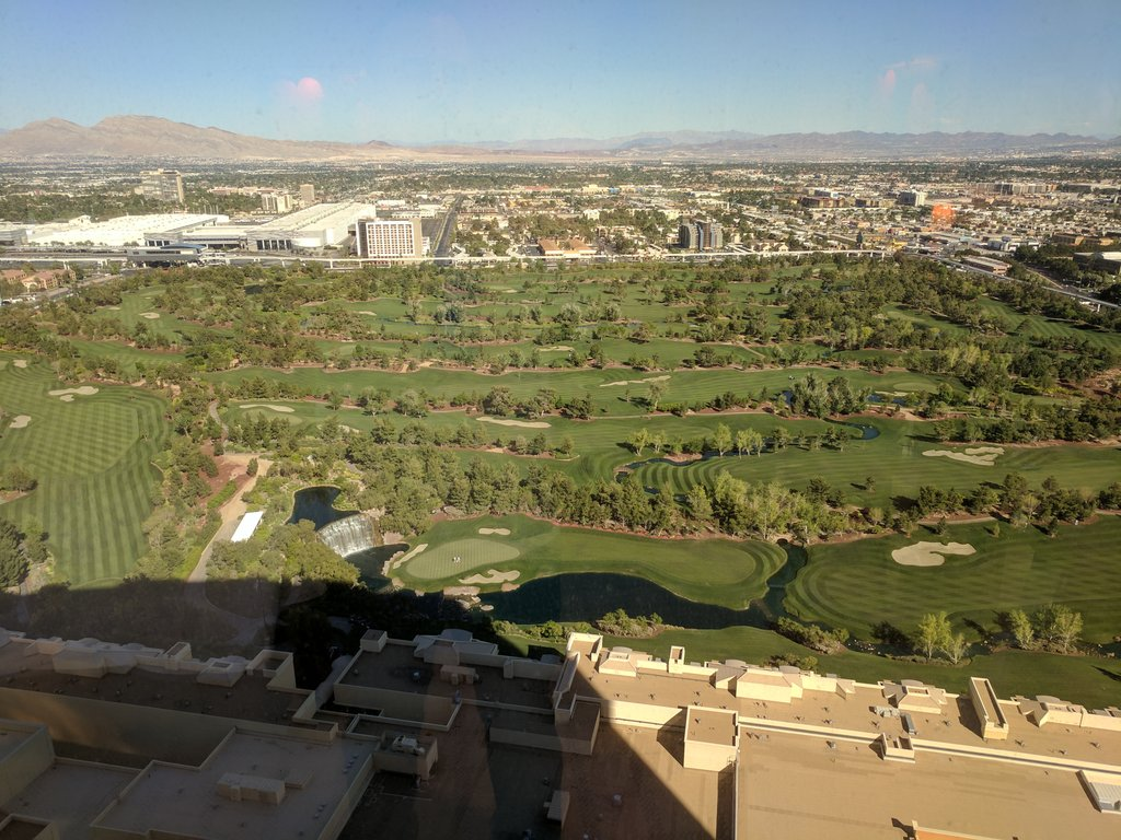 jasonevans1: Arrived at the Wynn for #magentoimagine #road toimagine.  Now I want to golf after seeing my rooms view. https://t.co/Li2mi5kJWc
