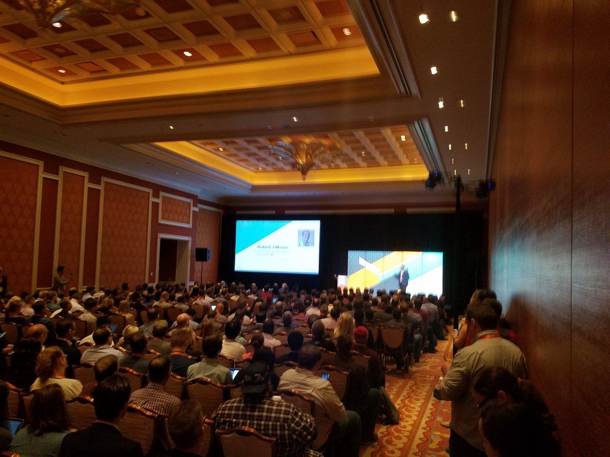 ddavidn: Standing room only for Magento BI with Robert Moore #MagentoImagine #alltheanalytics https://t.co/iGfoBaG5U0