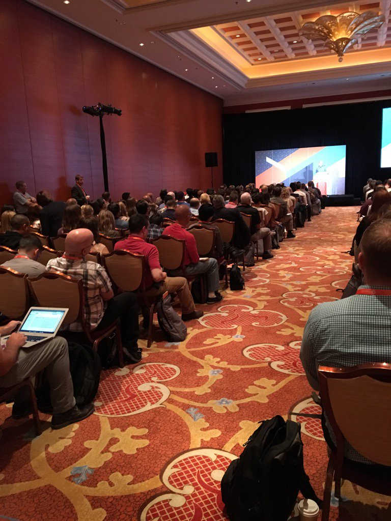 Beth_bef_BethG: Standing room only at the @MagentoU session at #Magentoimagine https://t.co/fTgWvfkjZQ