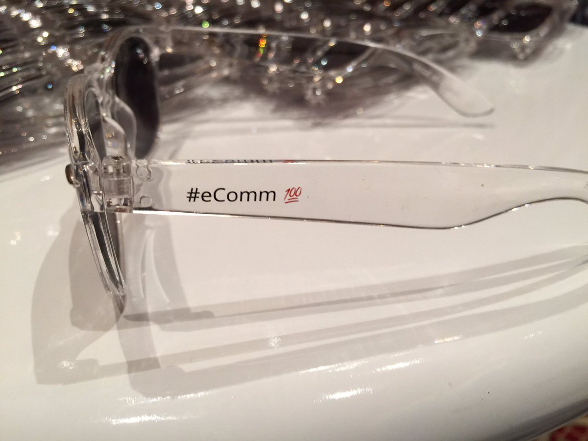 allanmacgregor: @demacmedia so iconic that we don't need to put our logo in our swag #eComm100 #Magentoimagine #marketing101 https://t.co/guMl4VzV9k
