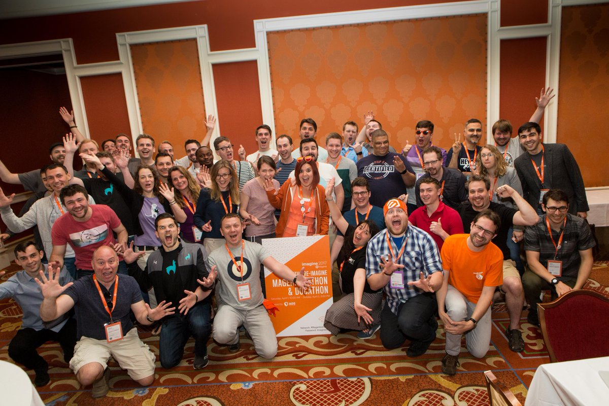 sherrierohde: Such an epic group shot from the #MagentoImagine hackathon this year! https://t.co/RX7U6GZ2eV