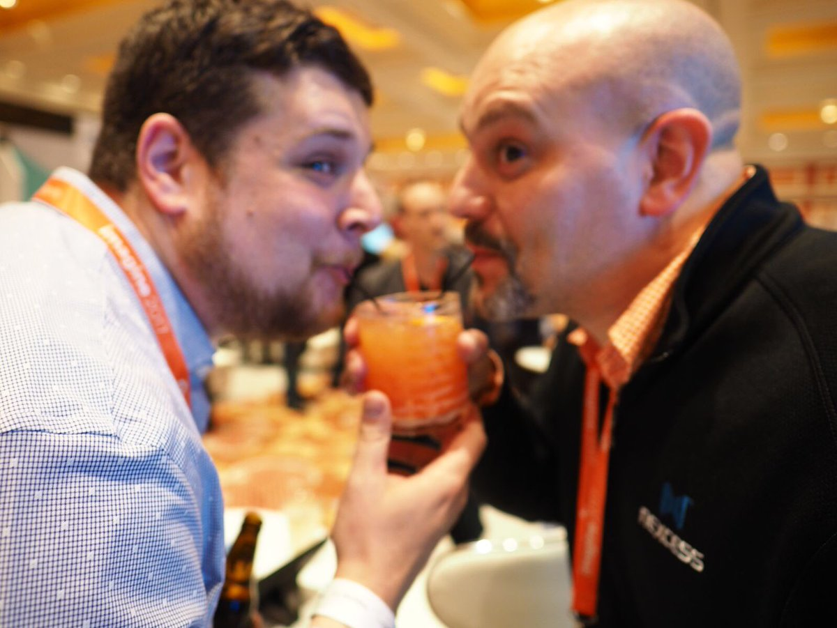 nexcess: Orange beverages are best shared with friends 😄 #MagentoImagine https://t.co/H2iBsF26E6