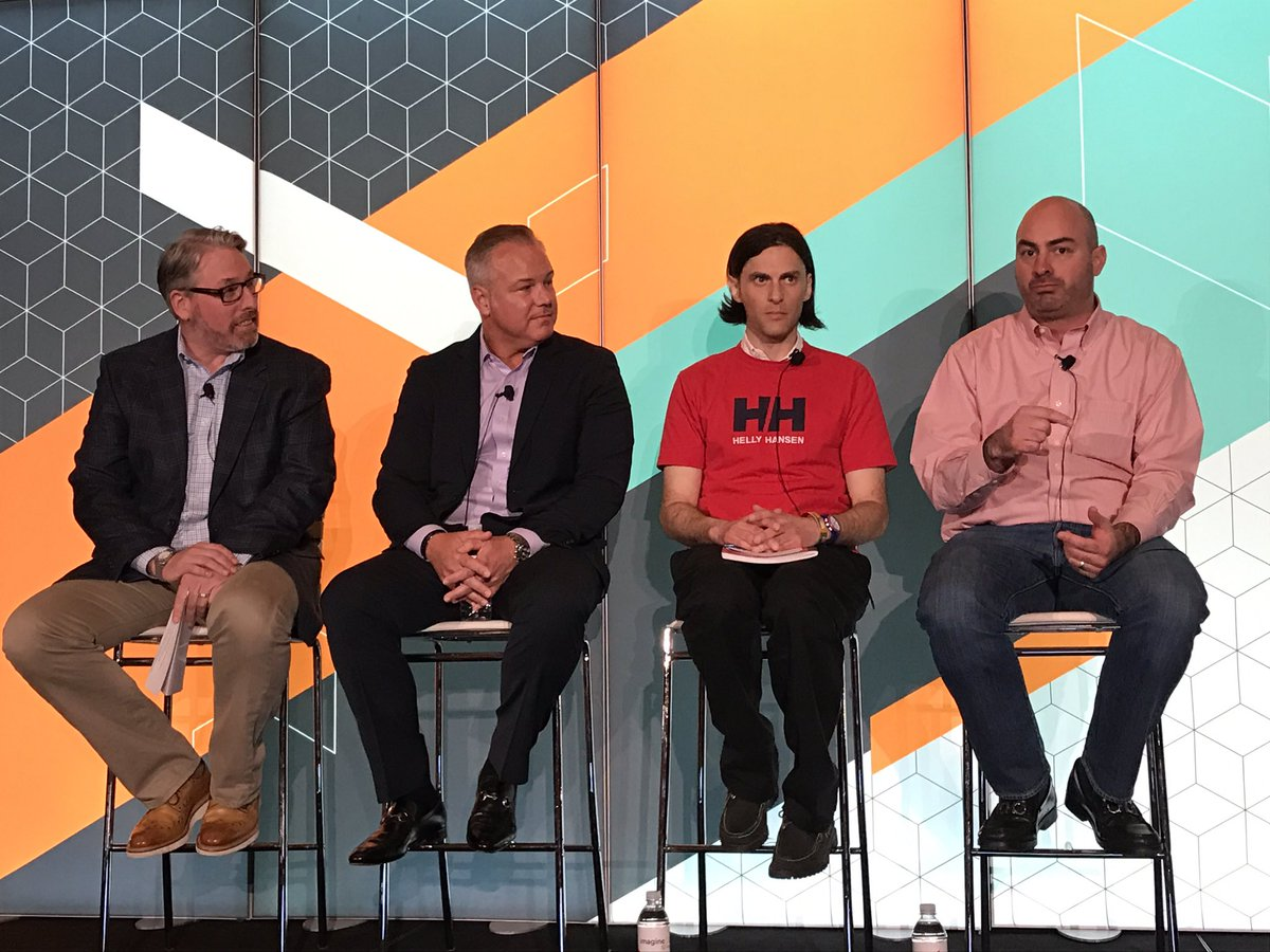 megs_lacy: Great panel discussion with our Commerce Order Management clients. #MagentoImagine https://t.co/Y6waP0baVc