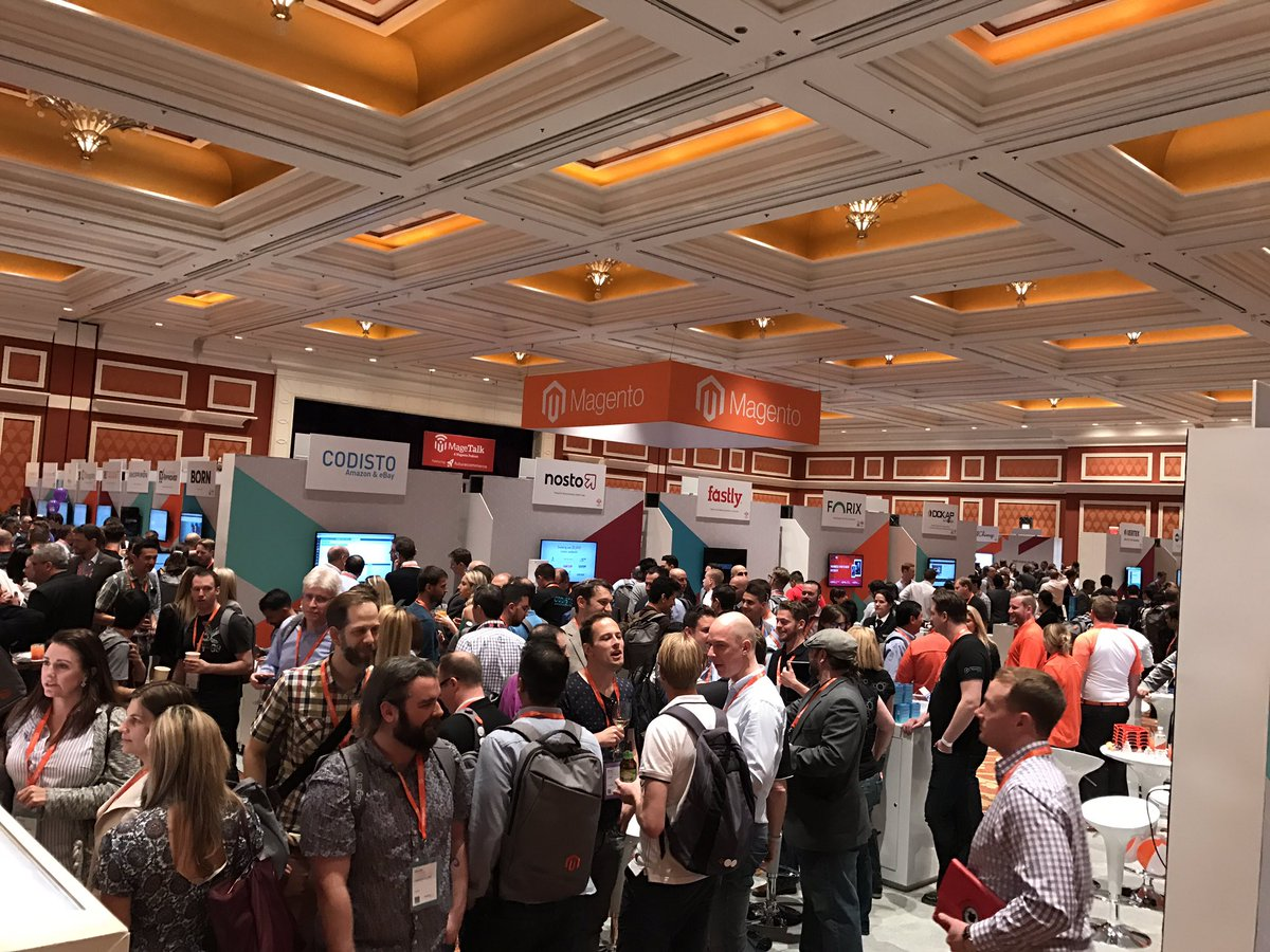 jcrickmer: Just wrapped up some great Commerce Conversations at #MagentoImagine and then walked into this. Whoa! https://t.co/KyKKwWSvVO